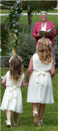 Ceremonies in France - Very happy bridesmaids