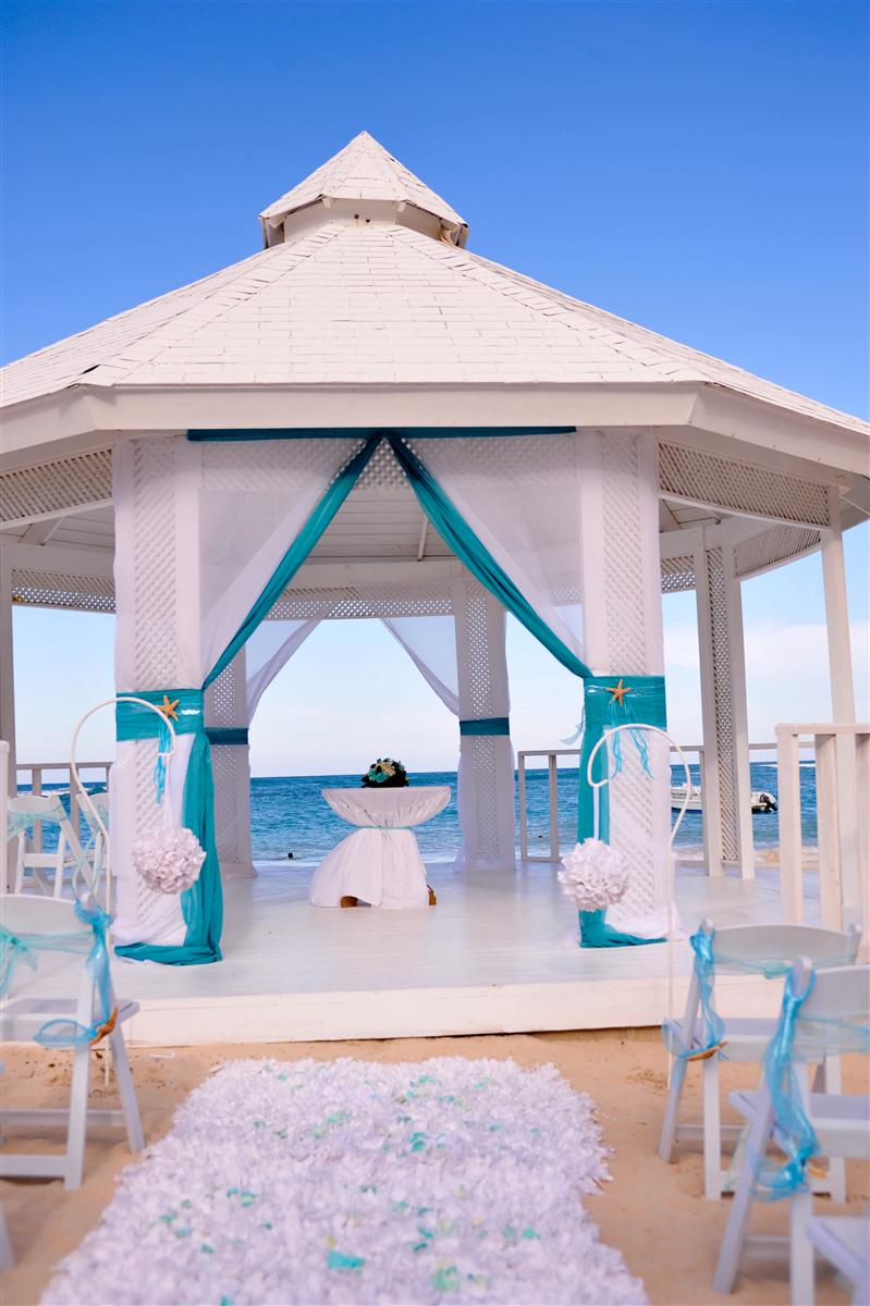 Ocean Blue And Sand Hotel Garden Gazebo