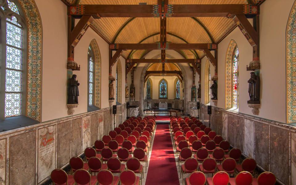 Wedding venue kasteel de haar in haarzuilens utrecht get for Interieur utrecht